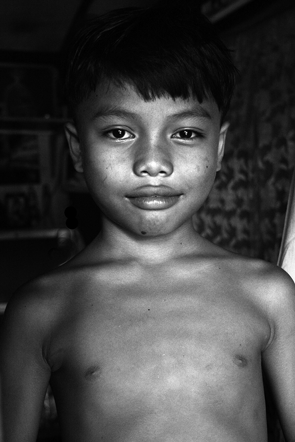 Troubled People 1 - Cambodian HIV+ Children (n.d.) by Bruna Vangi